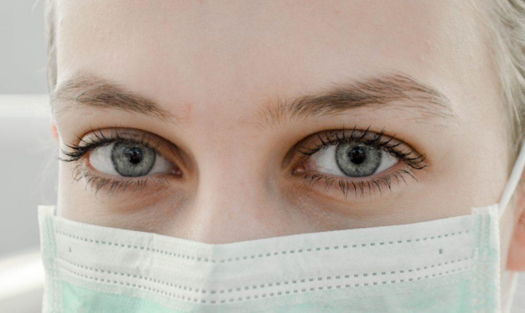 ウィルスで封鎖になった武漢で圧倒的に足りないマスク関連の株価が気になる