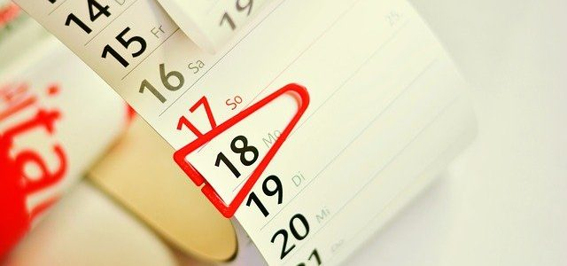 明日の日経平均株価を予想してくれるカレンダー